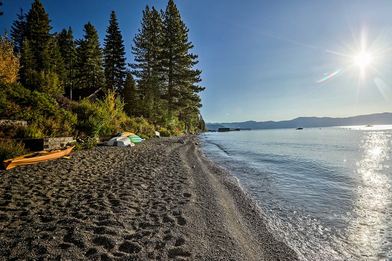 The 12-person home is close to Lake Tahoe and numerous world-class ski resorts!