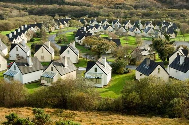 Clifden Glen Holiday Cottages, Clifden, Co. Galway, holiday rental in Clifden