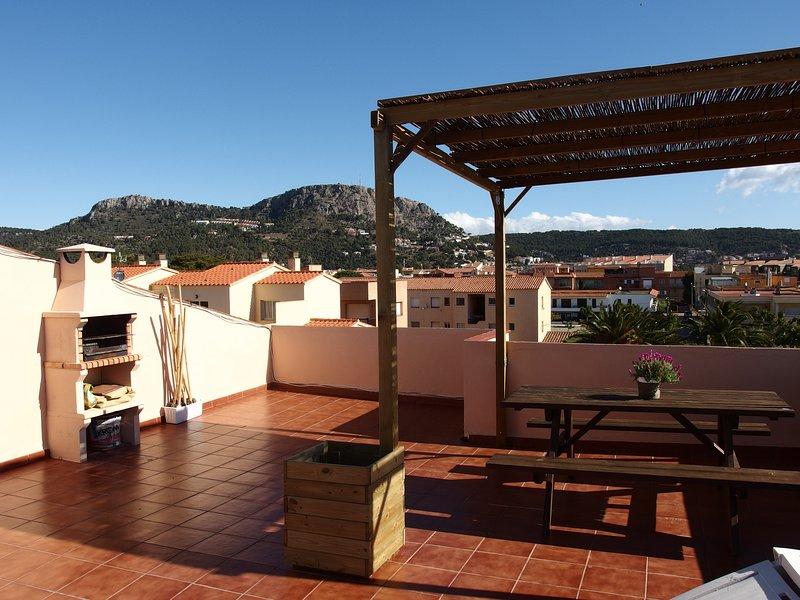 Apartamento a 50 metros de la playa, holiday rental in L'Estartit
