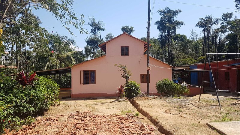Edenpark Estate stay  Sakleshpur-Stay within a coffee estate, holiday rental in Sakleshpur