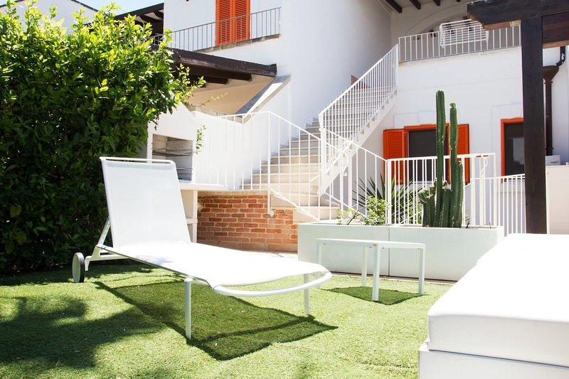 Villa Tessa | giardino, bbq, a/c, in villaggio, casa vacanza a Padula Fede