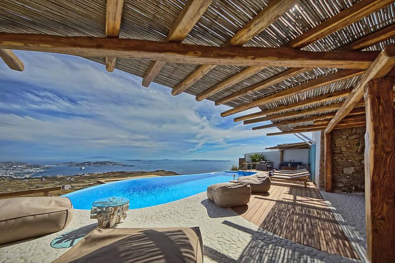 BlueVillas | Villa Urania | Ideal for island getaway with friends or family, vacation rental in Mykonos Town