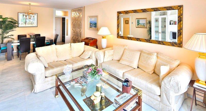 Casa Elena - living-room