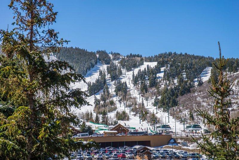 Lower Deer Valley - Snow Park