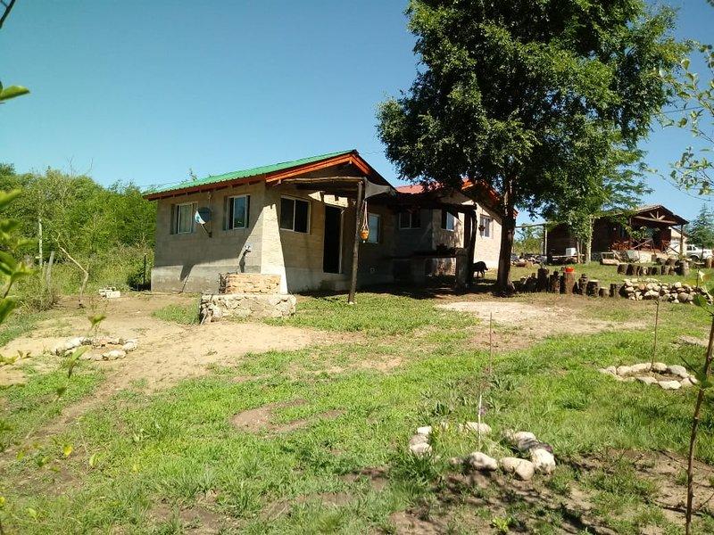 FB Cabañas Sueño Verde de 2 a 4 personas en Villa Yacanto de Calamuchita, holiday rental in Province of Cordoba
