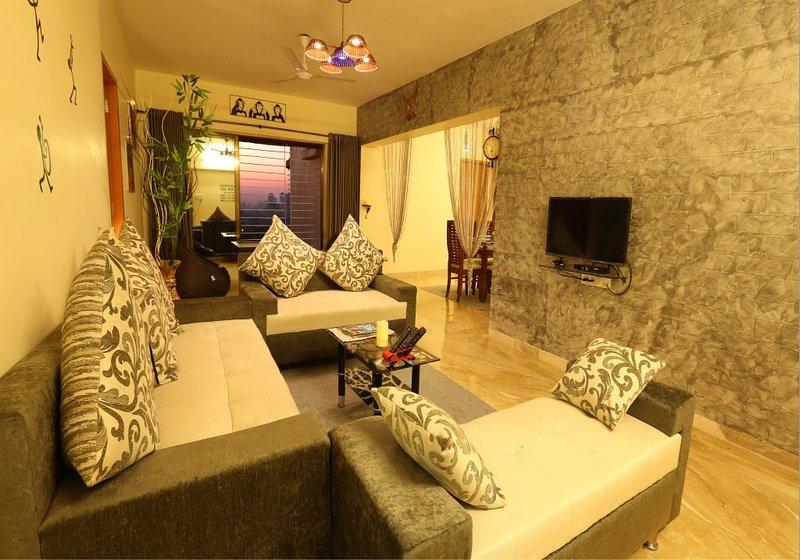4 BHK service apartment in kandivali east Mumbai, alquiler de vacaciones en Thane