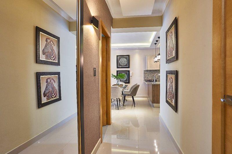 LDM - 7D · New* Luxury 2BR w/jacuzzi, City Center, SDQRentals, location de vacances à Mata Gorda