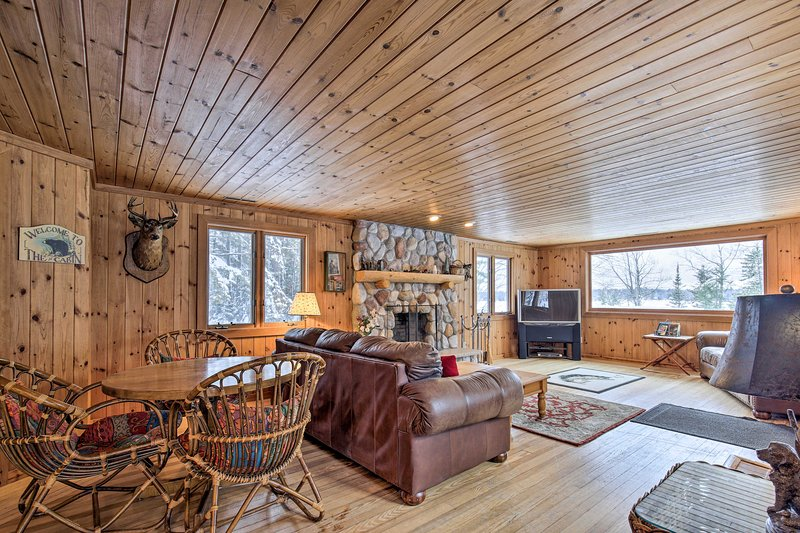 Come visit this 2-bedroom, 1-bathroom cabin on Pike Lake.