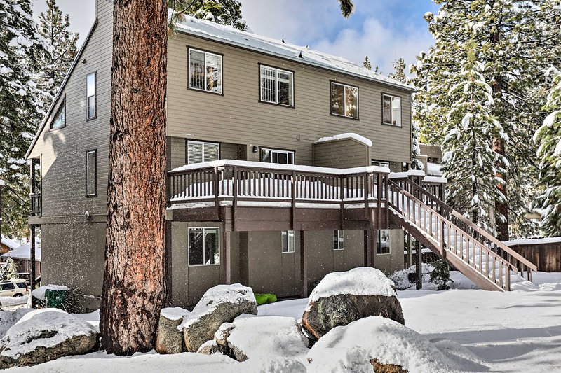 This property is ideal for outdoor adventurers looking to experience Lake Tahoe!