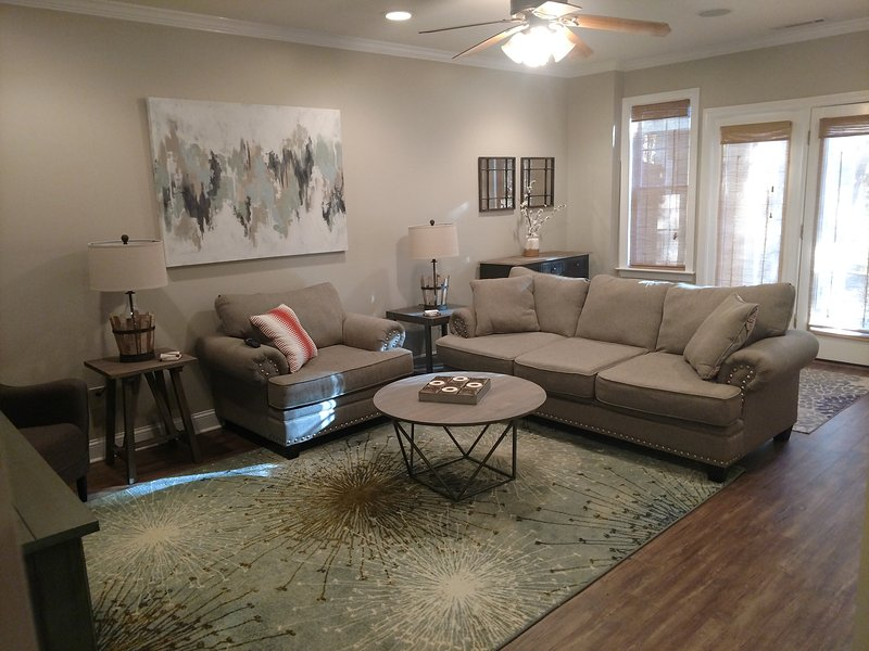 Cozy Farmhouse style Terrance Suite, vacation rental in Newnan