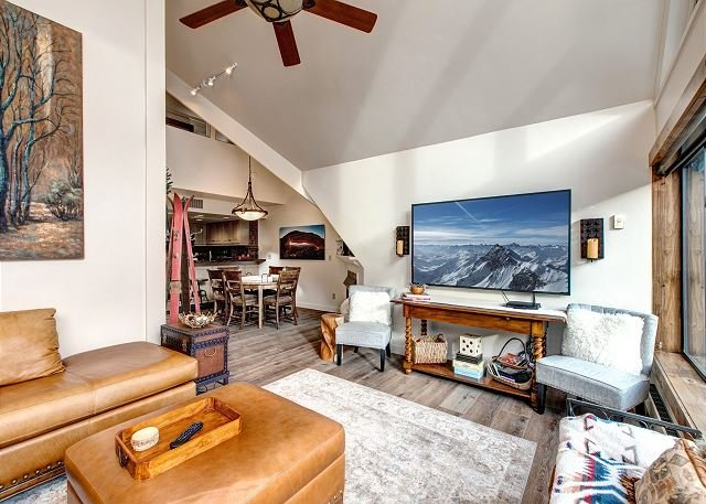 Remodeled! Ski-In/Ski-Out Condo at Park City Mountain Resort, vacation rental in Park City