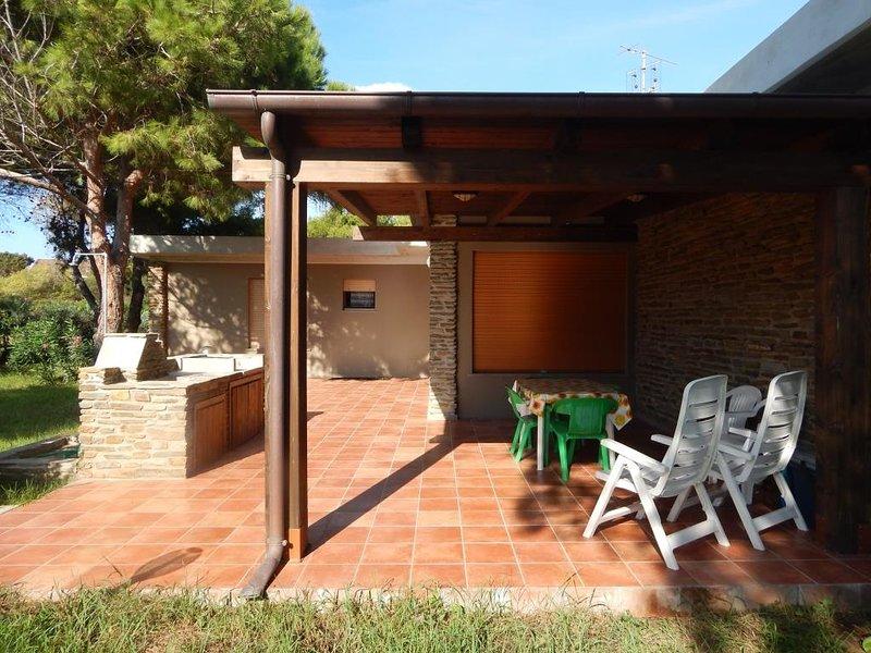 TRILO GABBIANO: elegante trilocale zona Roccaruja / Gabbiano, 6 persone, holiday rental in Stintino