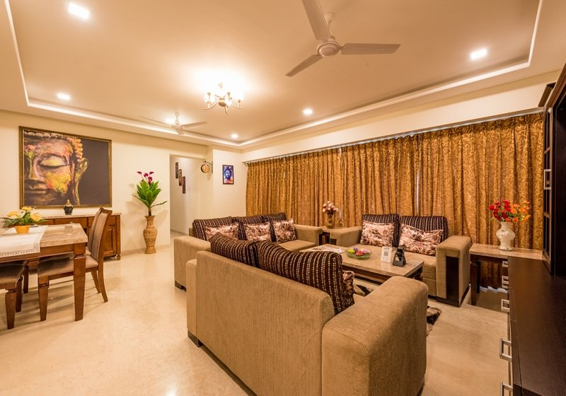 The Luxurious 3 bedroom on Higher floor, vacation rental in Mumbai