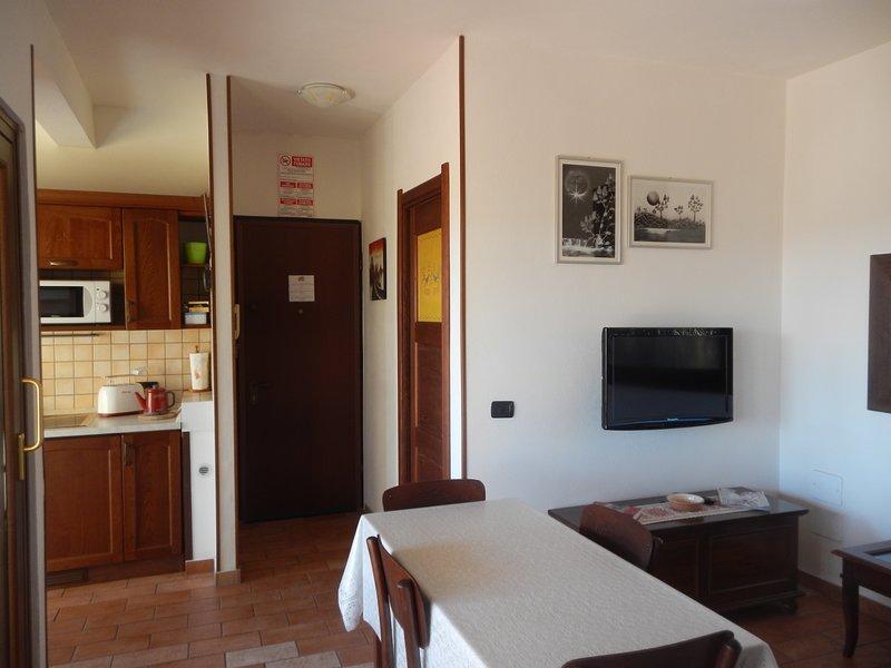 Nice apartment with terrace & Wifi, Ferienwohnung in Elmas