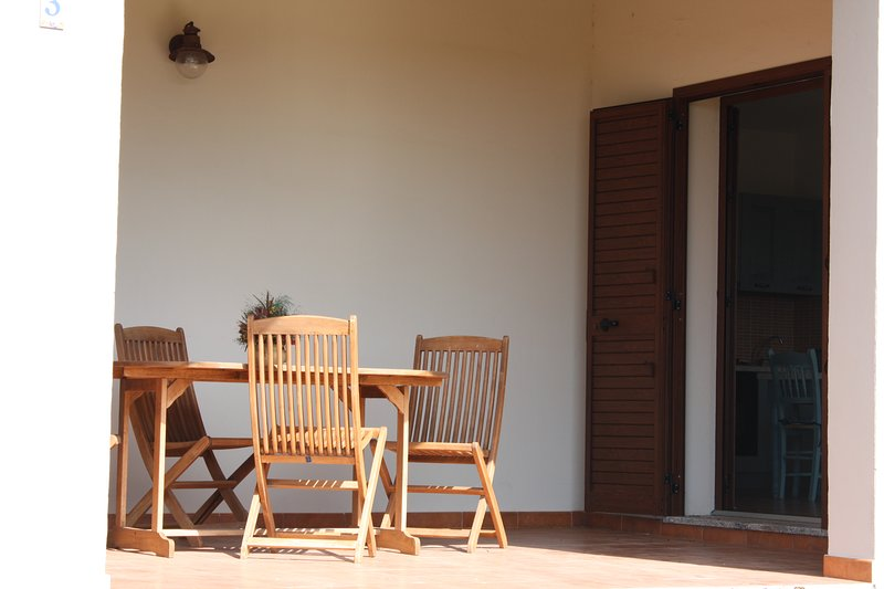 Nice apartment with shared pool, holiday rental in La Muddizza