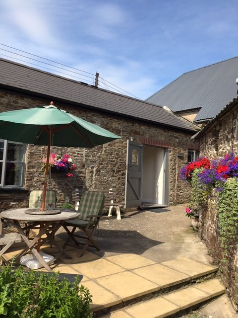 The Snug at The Pines at Eastleigh, vacation rental in Bideford