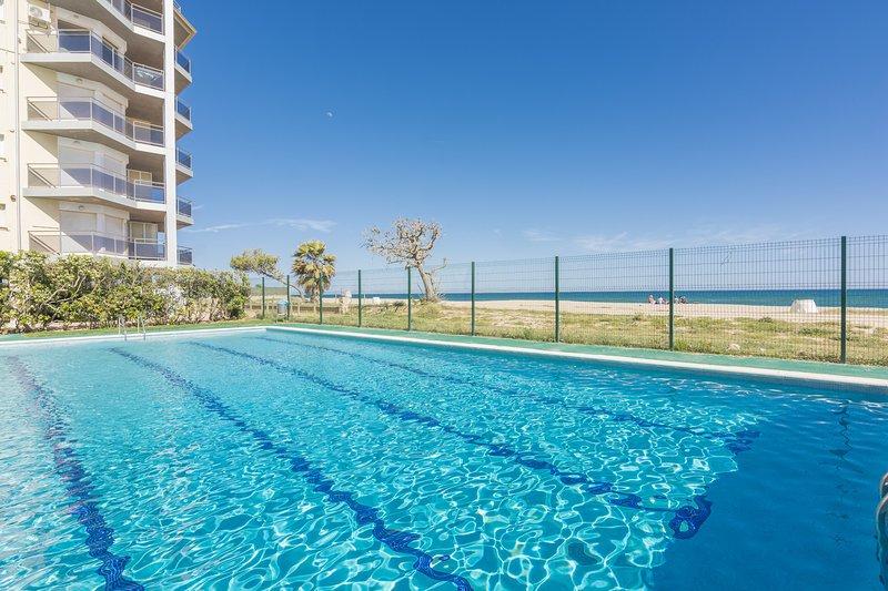 OS HomeHolidaysRentals Bon Repos-Costa Barcelona, vacation rental in Santa Susanna