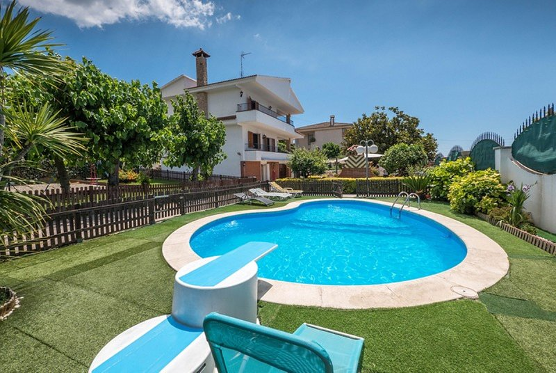 OP HomeHolidaysRentals Pallars - Costa Barcelona, location de vacances à Pineda de Mar