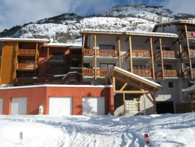 Vars accommodation chalets for rent in Vars apartments to rent in Vars holiday homes to rent in Vars