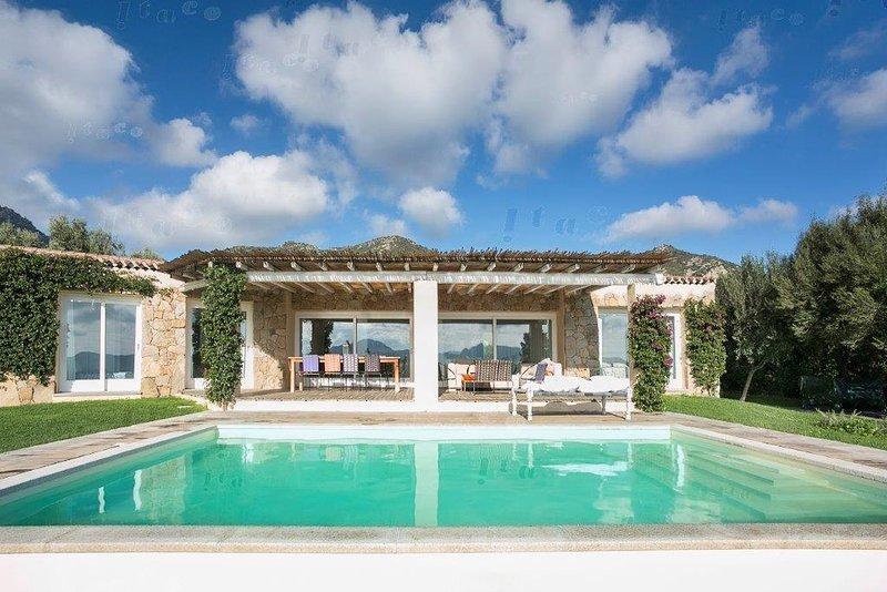 Villa Li Pinnitacci, vacation rental in Cugnana Verde