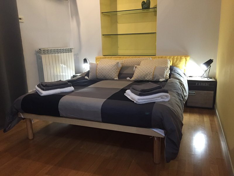 3T HOUSE, holiday rental in Stagno Lombardo