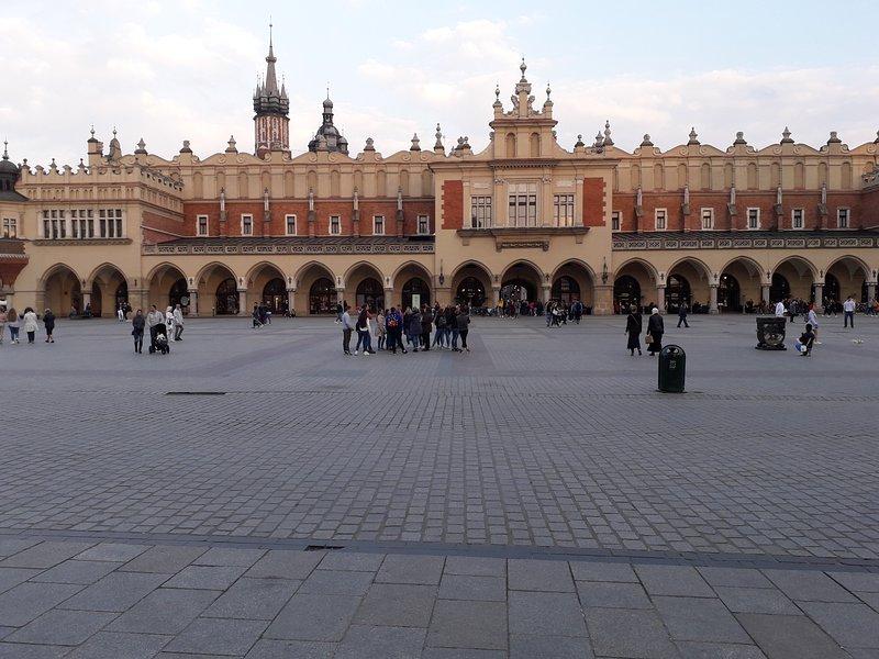 Plaza principal / Rynek Główny- Sukiennice