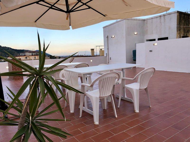 Casa vacanze Sunshine centro Salerno, holiday rental in Salerno