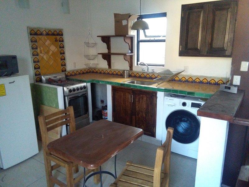 Apt 2 Casa Renacida Centro, holiday rental in Silao