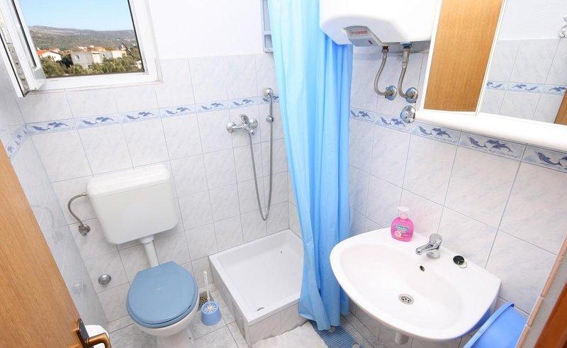 A3 posebni (2 + 1): baño con inodoro