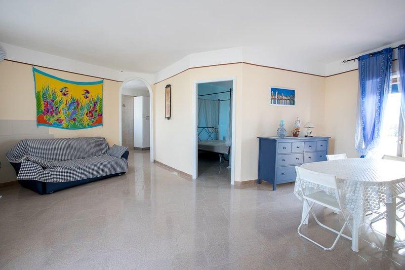 Appartamento Lucilla (TL42), vacation rental in Torre Lapillo