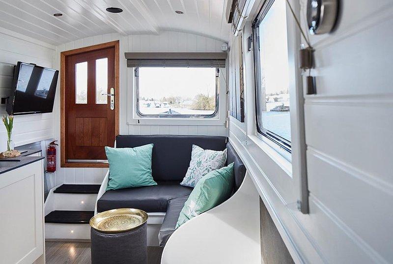 Hamburg Boats - Sutje, vacation rental in Hamburg