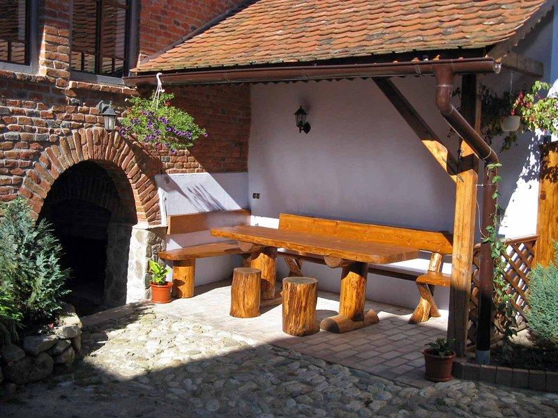 Casa Nicu • holiday farmhouse at the Carpathian foothills near Sibiu, Transylvania, Romania.