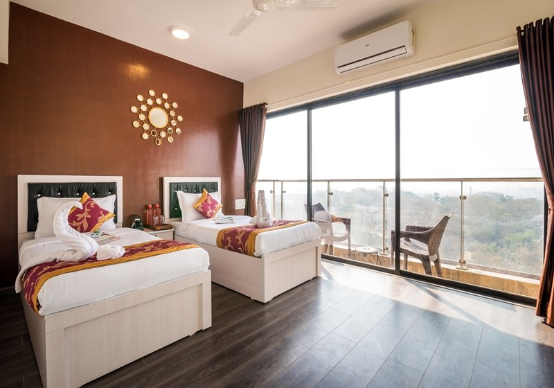 Sundance Apartment 2 Bhk Near Seepz Has Central Heating And Housekeeping Included Updated 2020 Tripadvisor Mumbai Vacation Rental