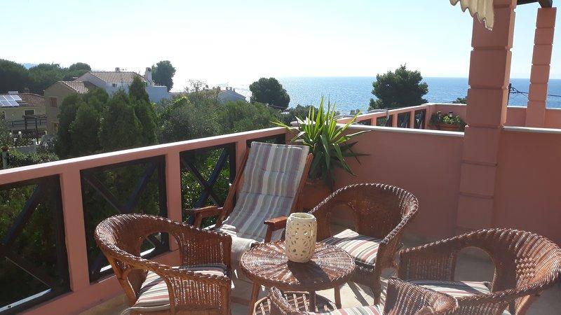Maisonette near the beach, location de vacances à Vatopedi