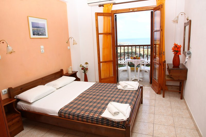 Elgoni Apartments(Adults Only), vacation rental in Piskopiano