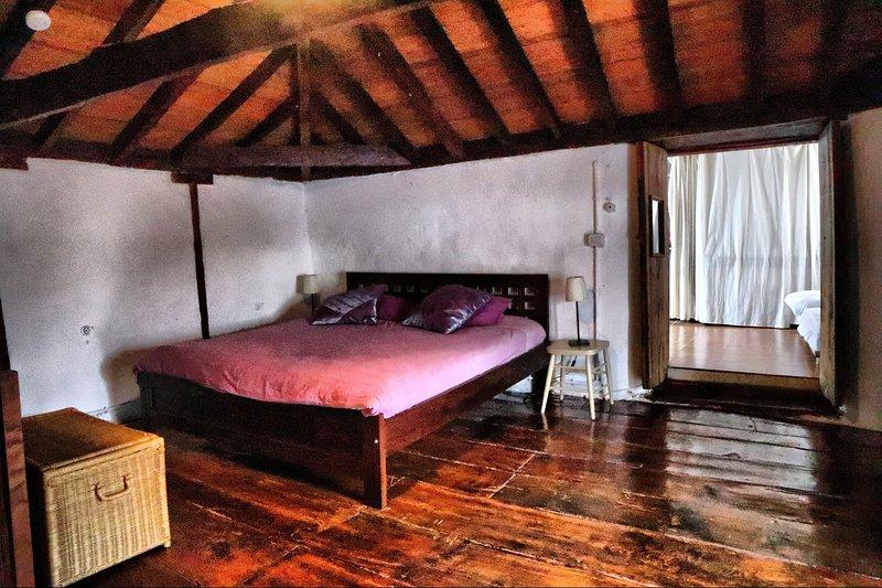 Spacious house with sea view & Wifi, aluguéis de temporada em Arafo