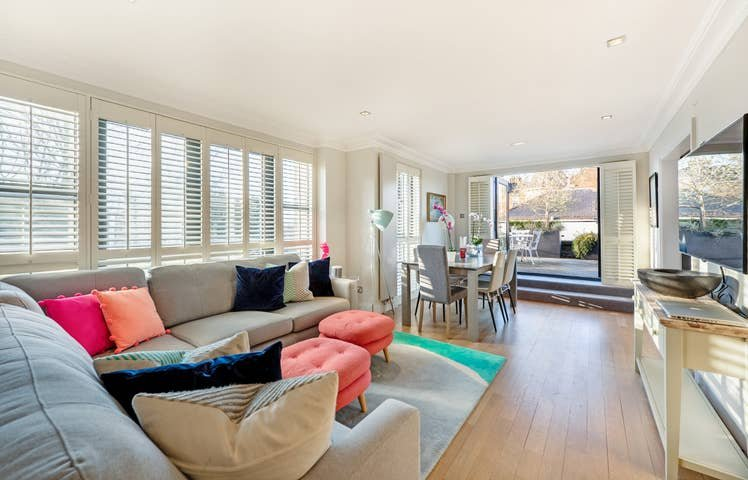 Long Stay Discounts - Modern 2Bed Apt Hampstead, holiday rental in Haringey