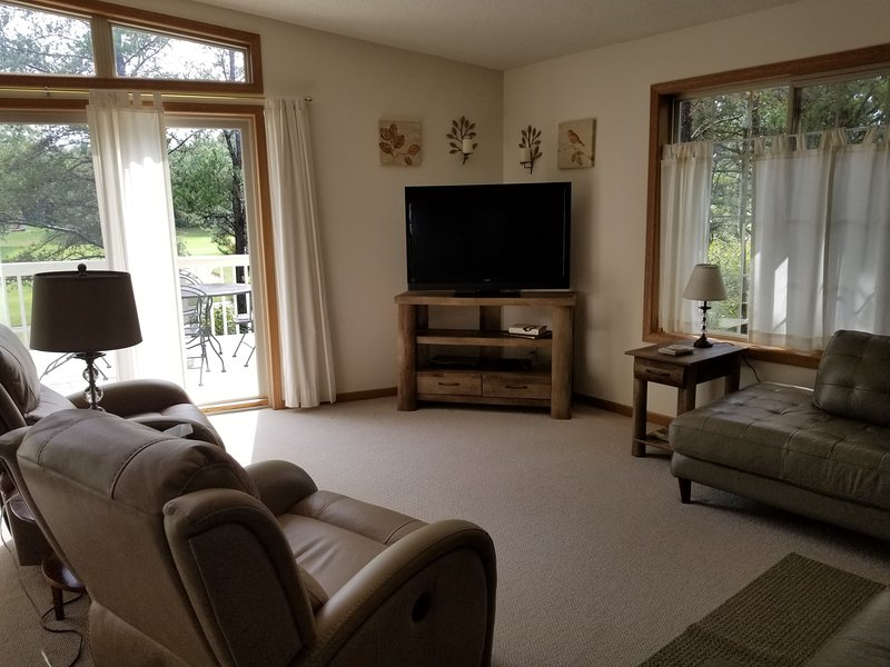 Fairway Trails on the Pines Golf Course, Lake Arrowhead, holiday rental in Plainfield