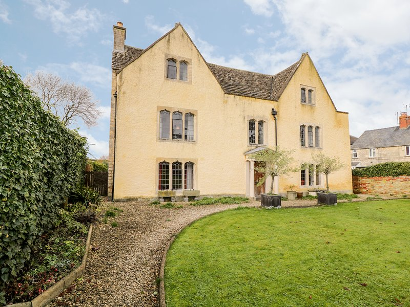 Chapel House, King's Stanley, holiday rental in Whitminster
