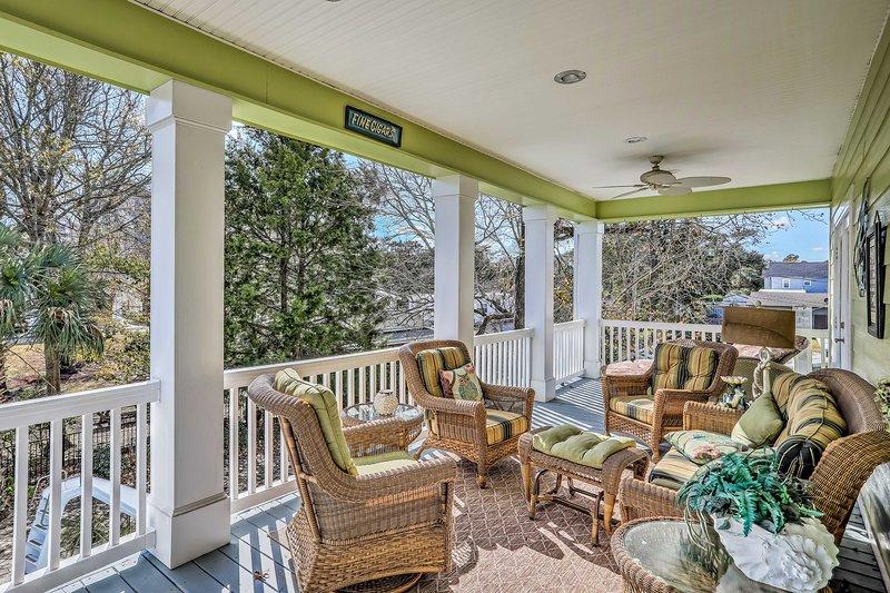 Porta la famiglia a soggiornare in questa casa vacanza in affitto a North Myrtle Beach!