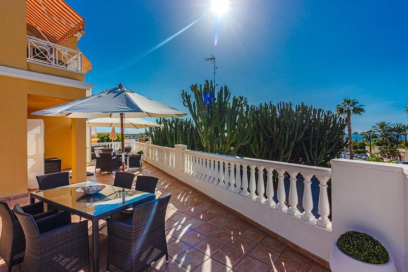 Benimar FREE WIFI, holiday rental in Costa Adeje