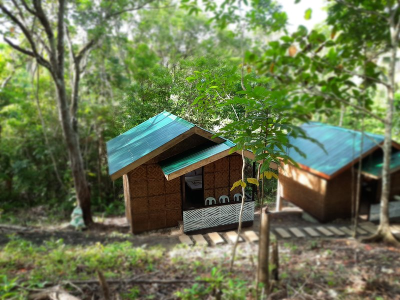 Home Stay Rizalina, holiday rental in Loay