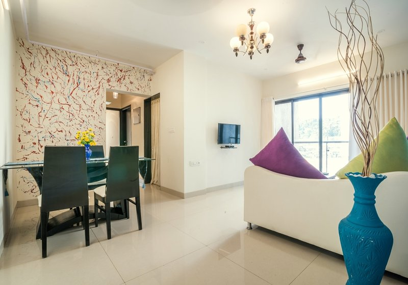 Exclusive 2 BHK near Seepz, vacation rental in Mumbai