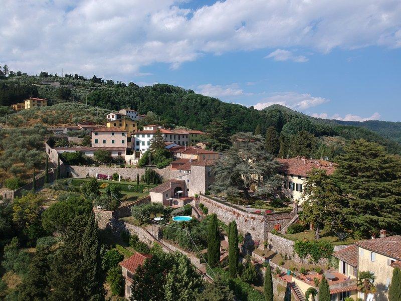 Villa Leoni. Three bedrooms, two bathrooms with view, holiday rental in Villa Basilica