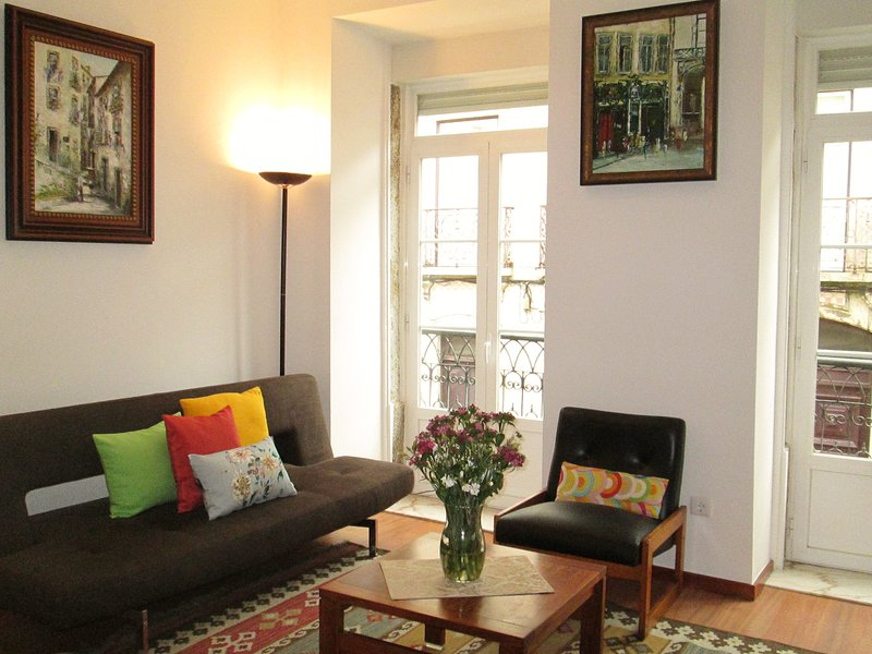 Apartment in historic centre, holiday rental in Montijo