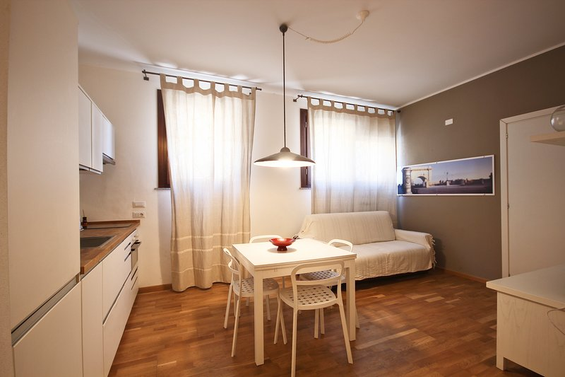 2levels, 2bathrooms fully equipped, holiday rental in Cagliari