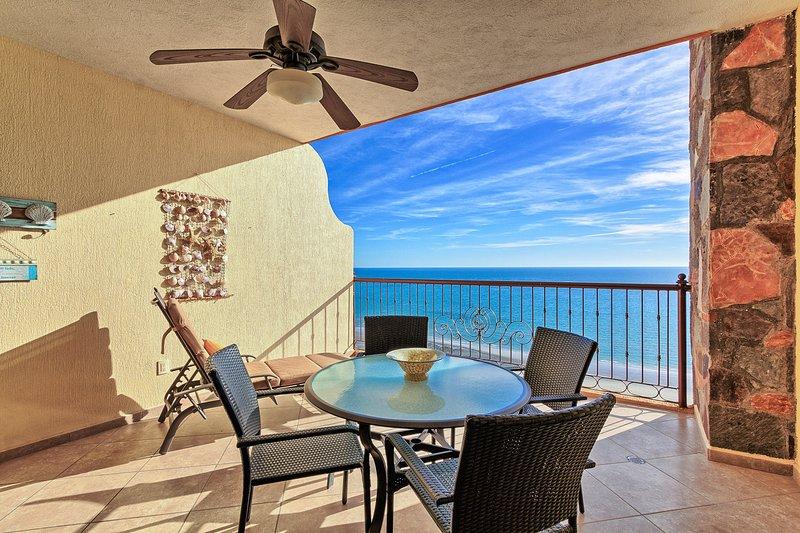 Luxury Beach Front Condo at The Sonoran Sky Resort, vacation rental in Puerto Penasco