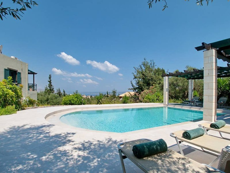 Enjoying glorious sea views and a tranquil rural setting, Villa Nynemia is within fairly easy walking distance of the sandy beaches, shops and tavernas of Almerida, especially in the cool of the evening.