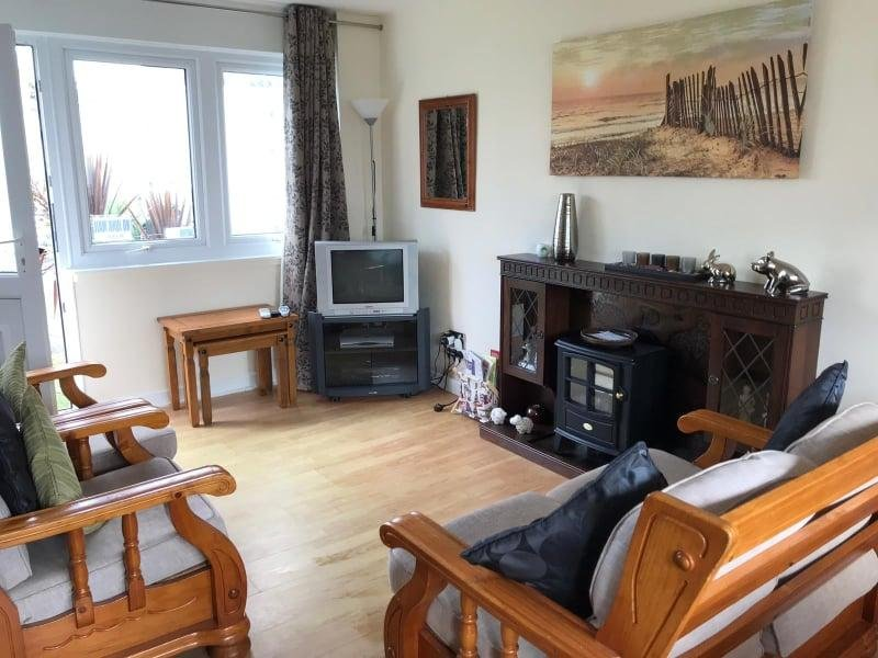 Nearby beach, 2 bedroom self catering holiday home, holiday rental in Stackpole