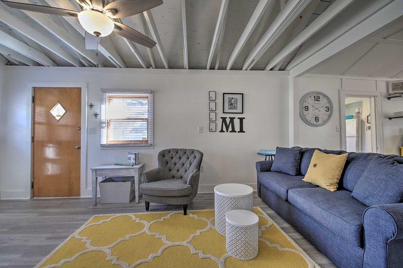 NEW! Cozy Cottage: 1 Mi to Hagar Beach on Lake MI!, alquiler de vacaciones en Watervliet